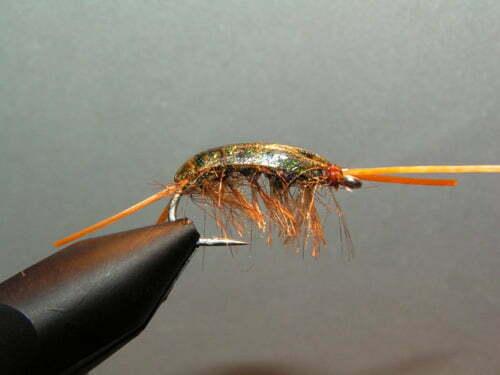 Lad fluen tørrer og den er klar til fiskeri.